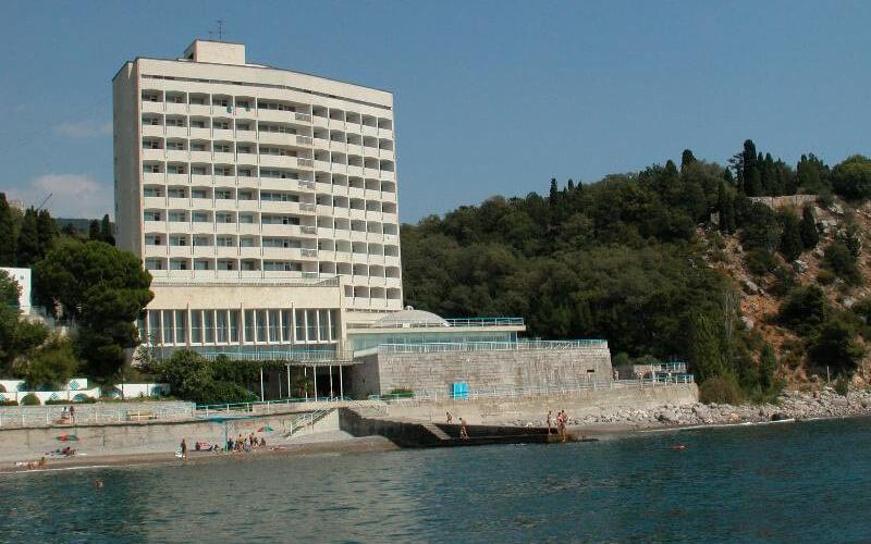 krym-sanatorij-dyulber-0