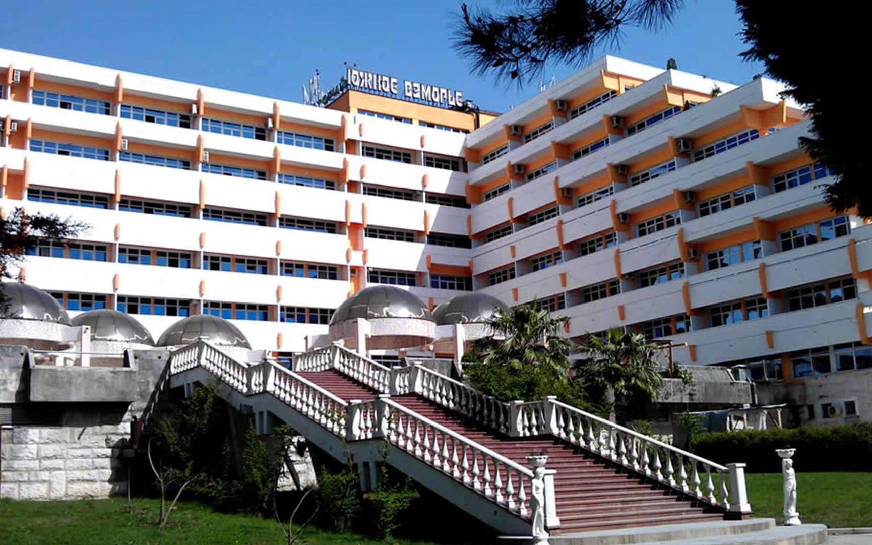 sochi-sanatorij-yuzhnoe-vzmore-0
